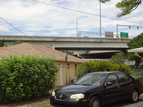 Neighborhood right below the ramp at SR-9/I-95 and Gateway Boulevard Interchange